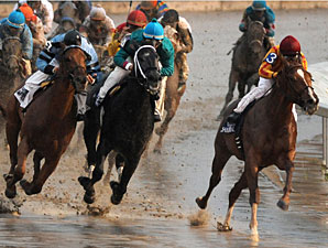 Red Rally wins the 2009 LA Champions Day Juvenile.
