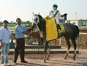 Redding Colliery wins the 2010 Lone Star Park Handicap.