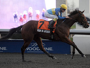Run in Aruba wins the 2011 Kingarvie Stakes.