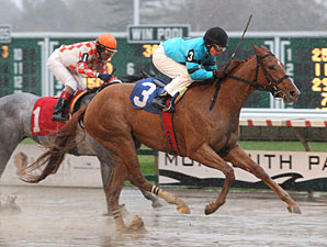 Salad Girl wins the 2011 Jersey Juvenile Fillies.