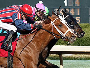 Sea N Suds wins teh Rainbow Stakes.