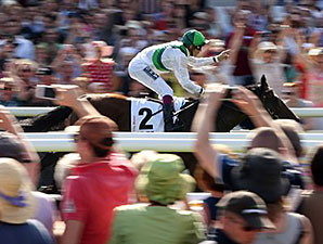 Sea The Moon wins the Germany Derby.