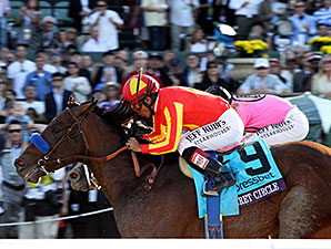 Secret Circle wins the 2013 Breeders Cup Xpressbet Sprint.