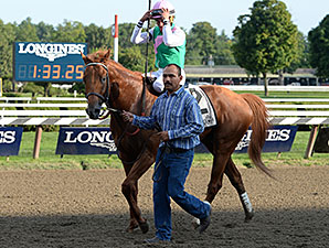 Seek Again wins the 2014 Fourstardave.
