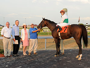 Smart Bid wins the 2012 East Hanover Stakes.