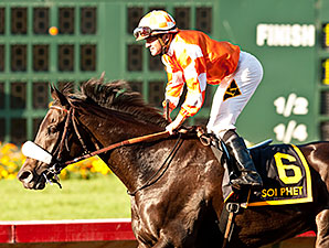 Soi Phet wins the 2014 Los Alamitos Mile.