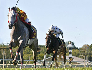 Soldier's Dancer with Manoel Cruz riding wins the $250,000 PTHA PRESIDENT'S CUP at Philadelphia Park in Bensalem, Pennsylvania September 19, 2009.