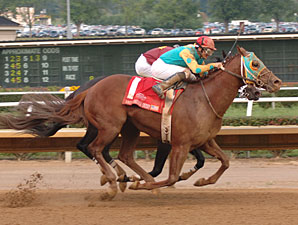 Soul Warrior wins the 2009 West Virginia Derby.