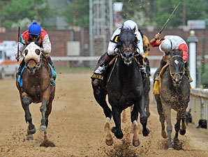 Take Charge Indy wins the 2013 Alysheba Stakes.