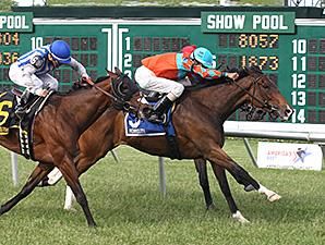 Tannery wins the Miss Liberty Stakes.