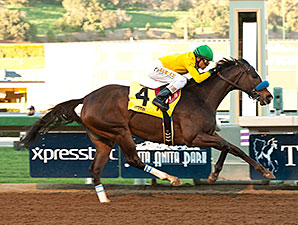 Thegirlinthatsong wins the 2015 La Canada Stakes.