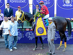 Trinniberg in the winner's circle after a victory in the Breeders' Cup Sprint.