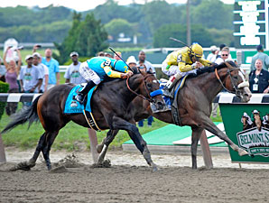 Union Rags wins the Belmont Stakes.