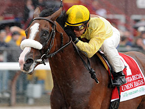 Union Rags wins the 2011 Saratoga Special.
