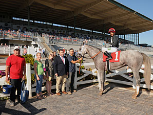 Wired Bryan wins the 2013 New York Breeders' Futurity.